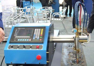 Machine de découpe au jet d'eau à gaz et à oxygène