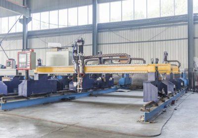 Chine Jiaxin 1300 * 2500mm machine de découpage au plasma de zone de woking pour le coupeur de métal Plasma spécial stat système de contrôle de panneau LCD